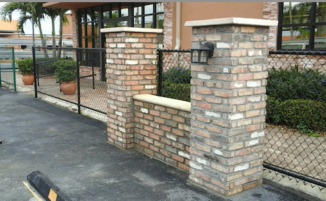 Miami Stone Installer - showroom - MIAMI STONE INSTALLER - YOUR MIAMI STONE INSTALLERS - OLD CHICAGO BRICK VENEER AT WHOLESALE PRICE