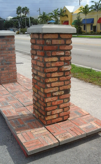 Old Chicago brick Columns