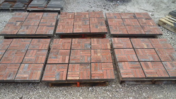 old Chicago stepping stones / Pre-formatted old Chicago brick tiles